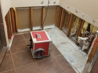 After-Mold-Remediation-Air-Scrubber-No-Mold-Scottsdale-Bathroom